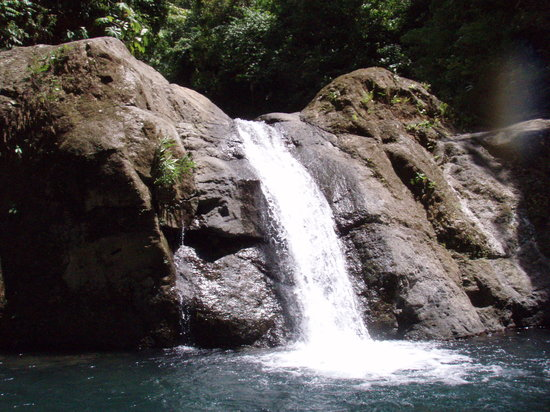 Quepos, Costa Rica: waterfall