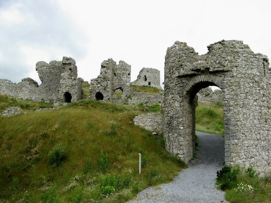 Portlaoise, Irland: we had the Rock of Dunamase all to ourselves