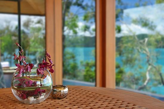 Qualia Resort: Pavillion's outside dining table