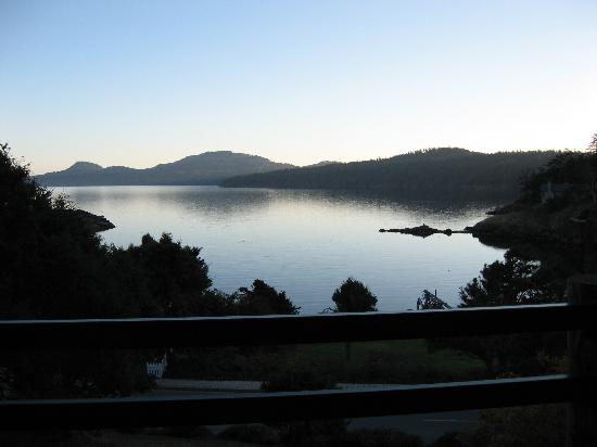 Landmark Orcas Island: Sunset view from the room