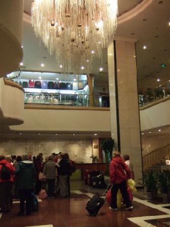 Peony Hotel foyer