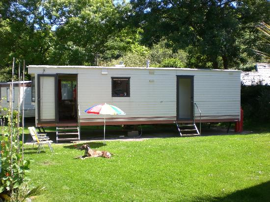 Cardigan Bay Holiday Park: Caravan 18