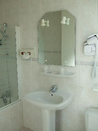 Hotel de l'Europe: Bathroom