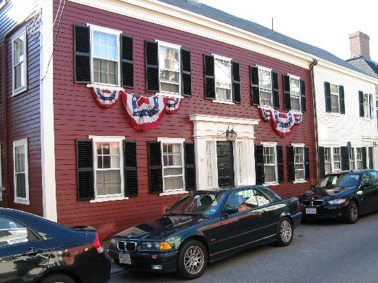 Brimblecomb Hill Bed & Breakfast: Marblehead