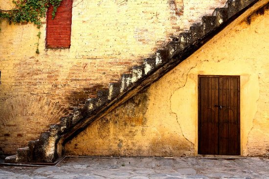 El Carmen, Mexico: Beautiful old staircase
