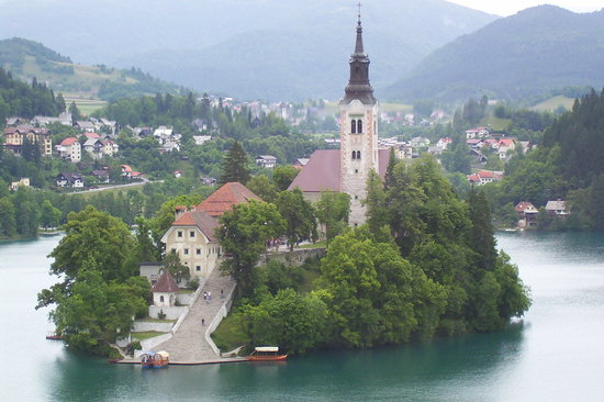 Słowenia: Bled Island viewed from Cafe Belvedere