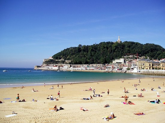 San Sebastian - Donostia, Spain: golden sands...