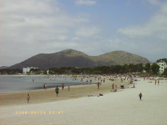 Lagoon Center : beach