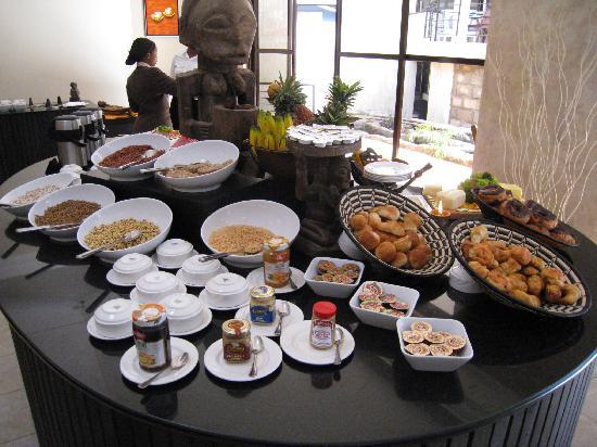 Protea Hotel by Marriott Kampala: breakfast 1