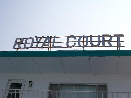 Royal Court Motel: Royal Court