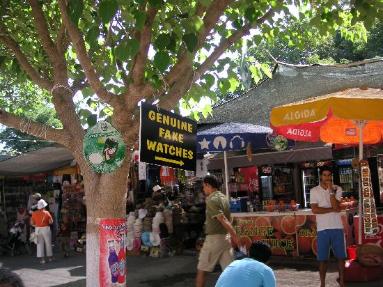 Kusadasi Market: Genuine Fake Watches?? Hmm....