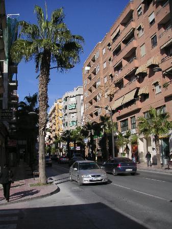 Alicante, España: rue du port