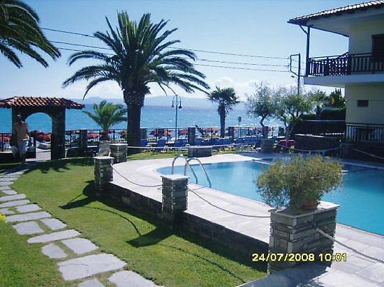 Polichrono, Yunanistan: Fanis appts
