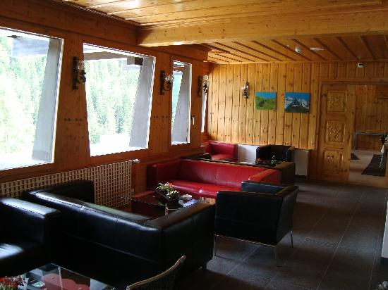 Hotel Lounge Picture Of Hotel Alpina Grimentz Grimentz TripAdvisor - Hotel alpina grimentz