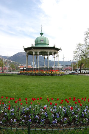Bergen, Norway: beautiful park to sit in