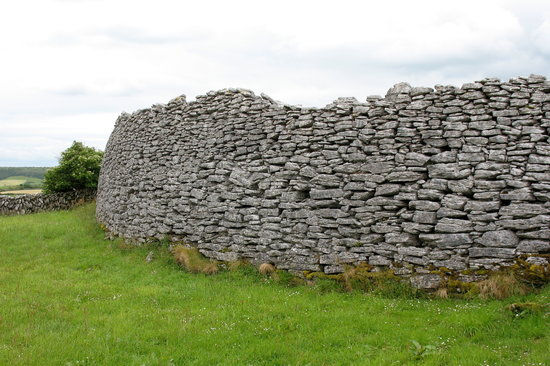 Графство Клэр, Ирландия: Co. Clare Caherconnel Stone Fort