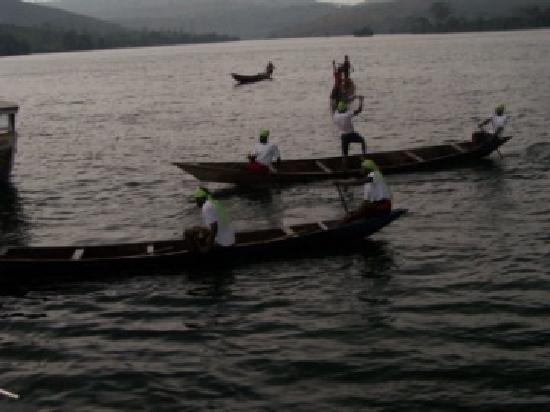 Afrikiko River Front Resort: locals fishing for resort food