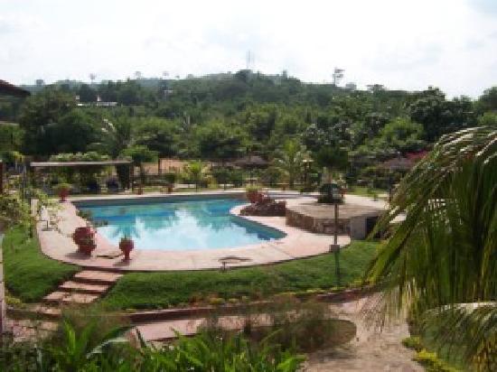 Afrikiko River Front Resort: poolside view