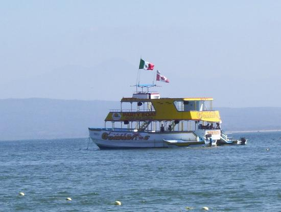 Decameron Los Cocos : THE PARTY BOAT!!!