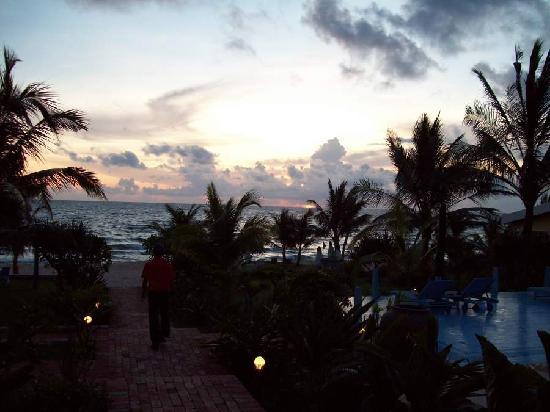La Veranda Resort Phu Quoc - MGallery Collection: Sunset