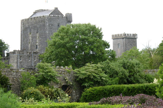 County Clare, Ierland: Knappogue Castle and Walled Garden