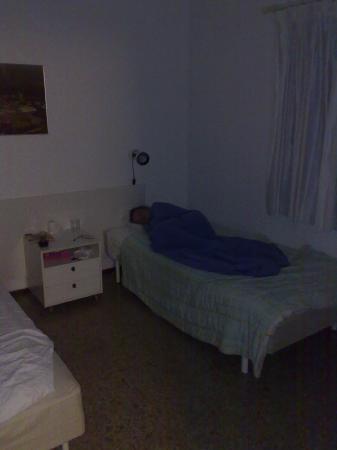 Hotel Rocas Rojas: view of bedroom