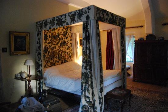 Gwydir Castle B&B : Kings Bedroom