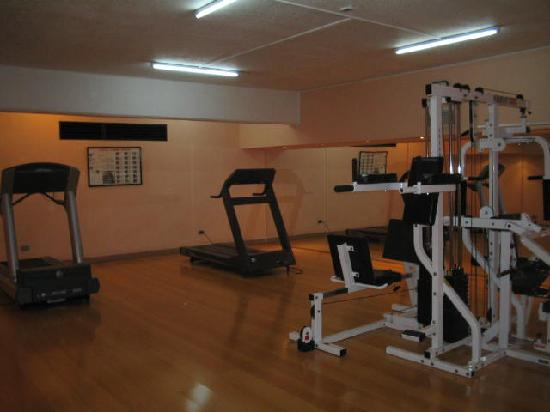 Kennedy Hotel : fitness room