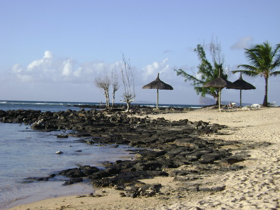 Pointe aux Canonniers: One of the hotel beaches