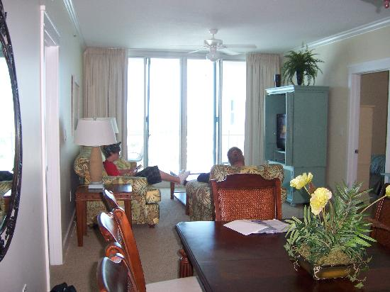 Waterscape Condominiums: view from kitchen into dining and living