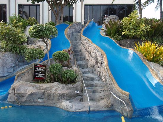 cool pools with waterslides - Cool Pools With Slides