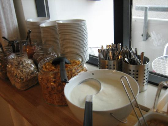 Guesthouse Sunna: More breakfast