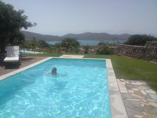 Elounda Carob Tree Valley: Villa Pool