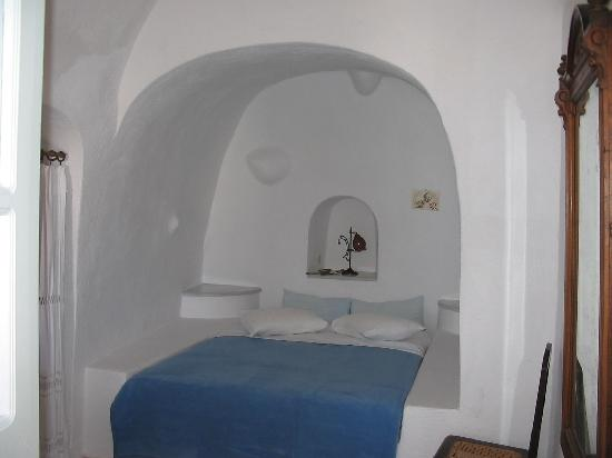 Chelidonia Villas: master bedroom