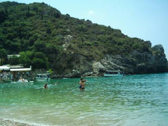 Paleokastritsa Beach: Paleo