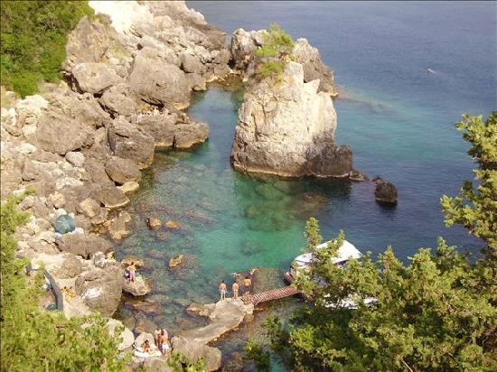 Paleokastritsa Beach : la grotta dall`alto