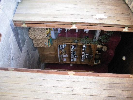 Rigney's Farmhouse Bed & Breakfast: Inside the Farm Shop