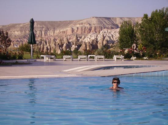 Tourist Hotel & Resort Cappadocia : piscina del hotel