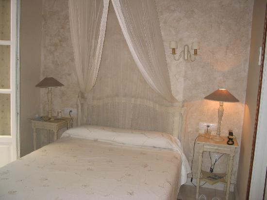 Hotel Argantonio: our room at Argantonio