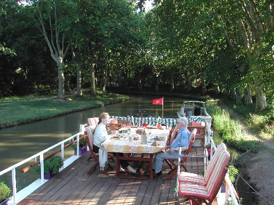 Canal du Midi: dining on deck