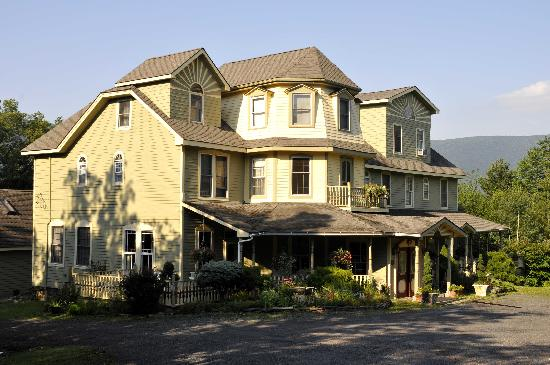 Tannersville, Nova York: The Washington Irving Inn