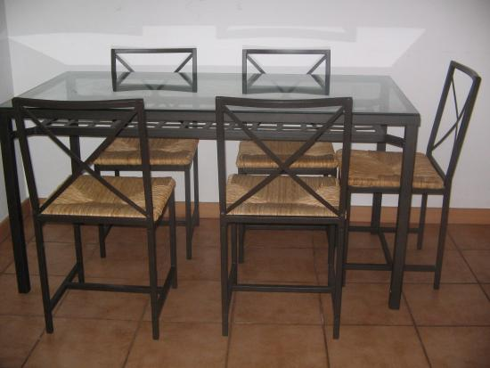 BCN Houses Daily Apartments Barcelona: notre table