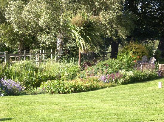 Der garten  Der Garten - Picture of Boon Hills Farm B&B, Mansfield - TripAdvisor