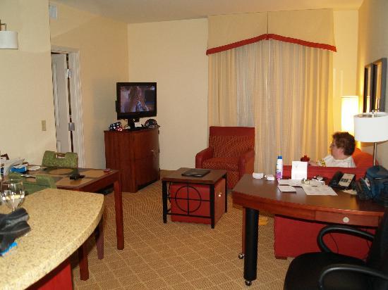 Residence Inn Phoenix North/Happy Valley: Living Room
