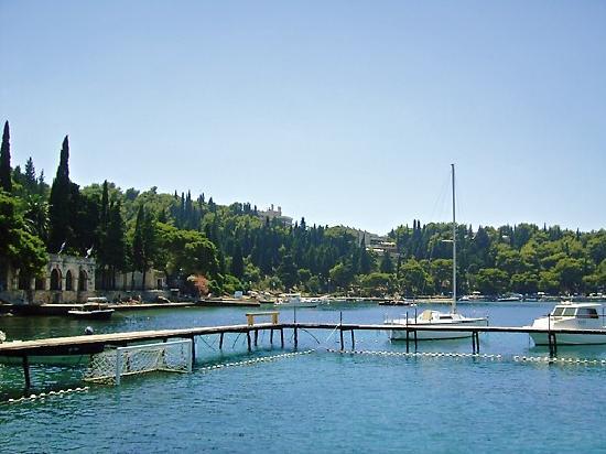 Hotel Croatia Cavtat: waterfront of hotel croatia