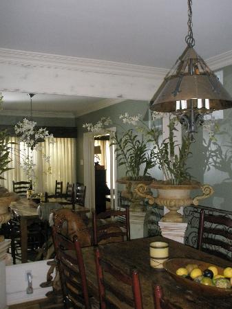 Villa Delle Stelle: English Suite - Dining room area