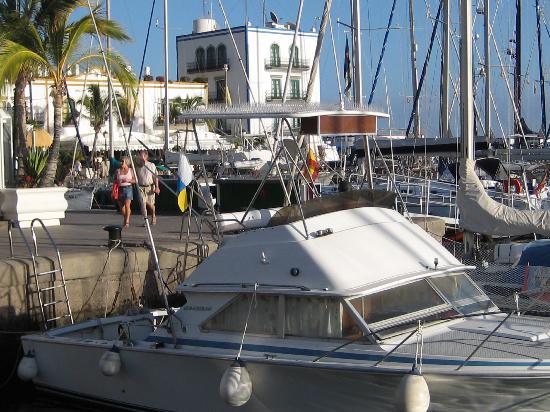 Puerto de mogan harbour fotograf a de puerto de mog n - Pension eva puerto de mogan ...