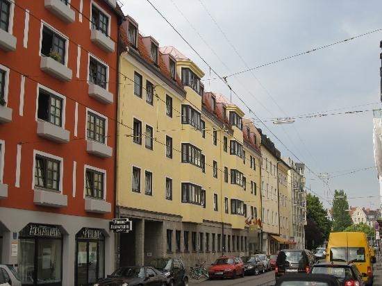 Outside Picture Of Ghotel Hotel Living Munchen Nymphenburg Munich Tripadvisor