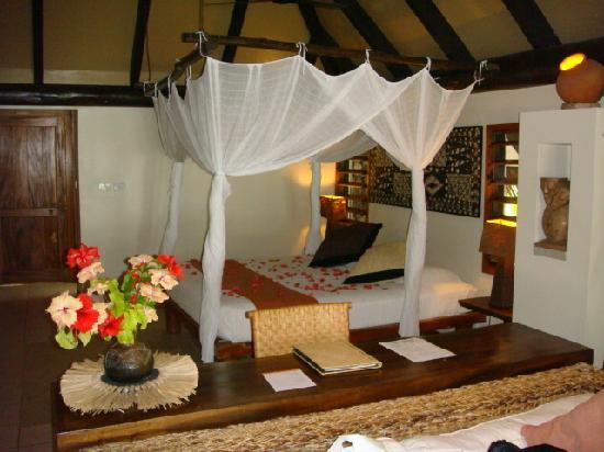 Tokoriki Island Resort: Beach Bure Bedroom