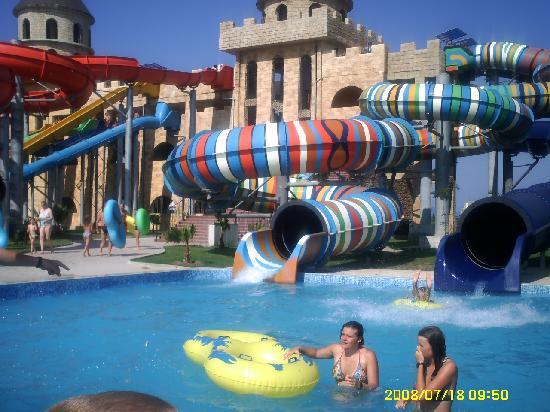 Ivana Palace Hotel: aqua park one of the childrens slides